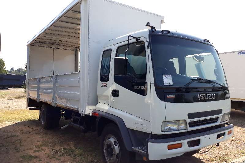 Truck Isuzu Curtain Side FSR800 Curtain Side with Dropside Doors 2010