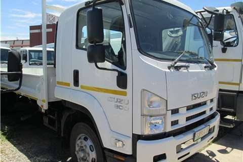 Isuzu Dropside FSR 800 AMT Truck
