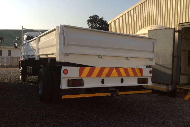 Isuzu Dropside FSR700 Dropside with Side Tipping Body Truck