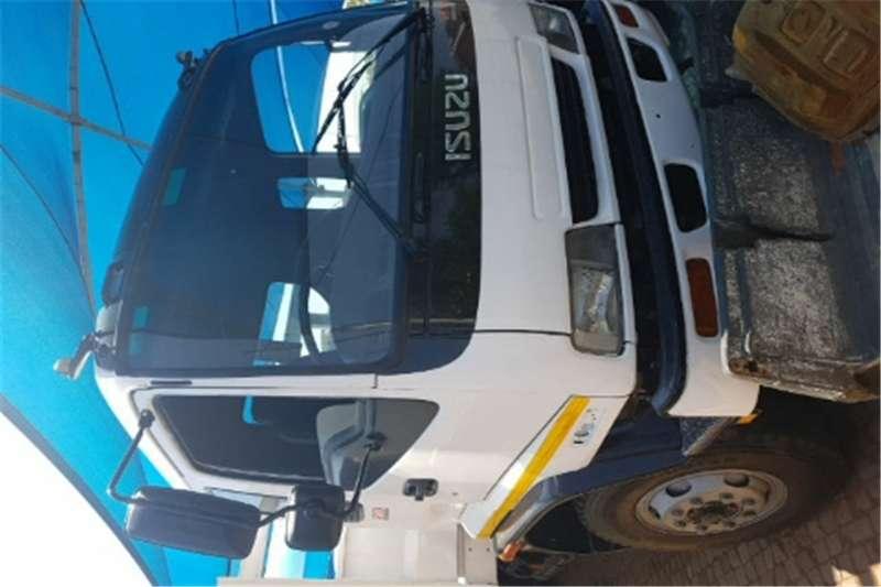 Truck Isuzu Dropside Ftm 1200 2004