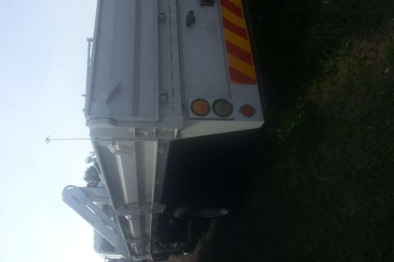 Isuzu Dropside ISUZU FTR800 DROPSIDE WITH CRANE Truck