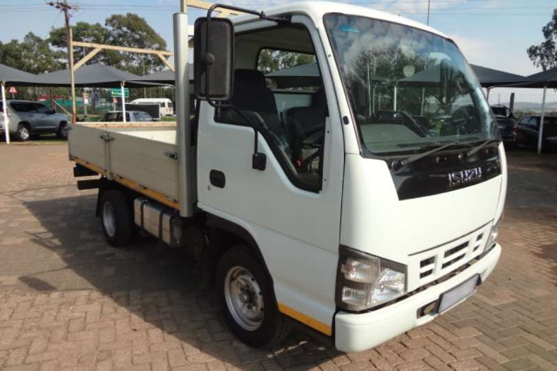 Isuzu Dropside NMR250 with Dropside Body Truck