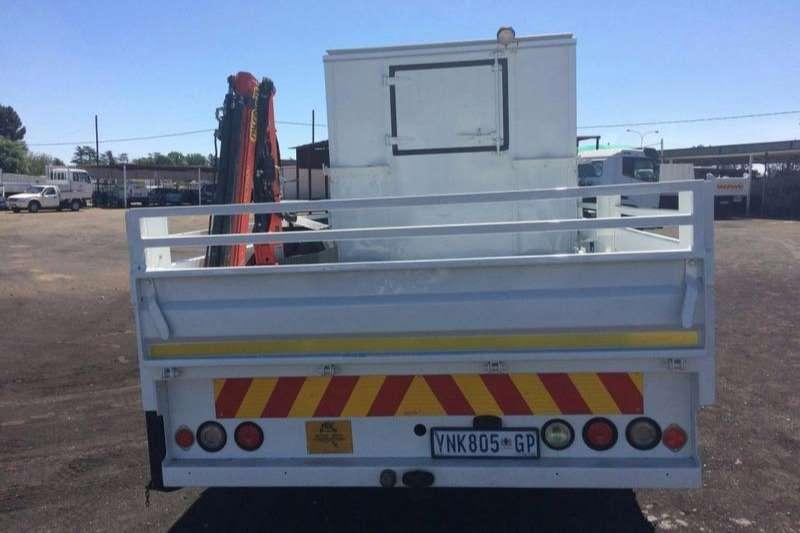 Isuzu Dropside NPR 400 CREW-CAB DROPSIDE + PALFINGER CRANE 1500A Truck