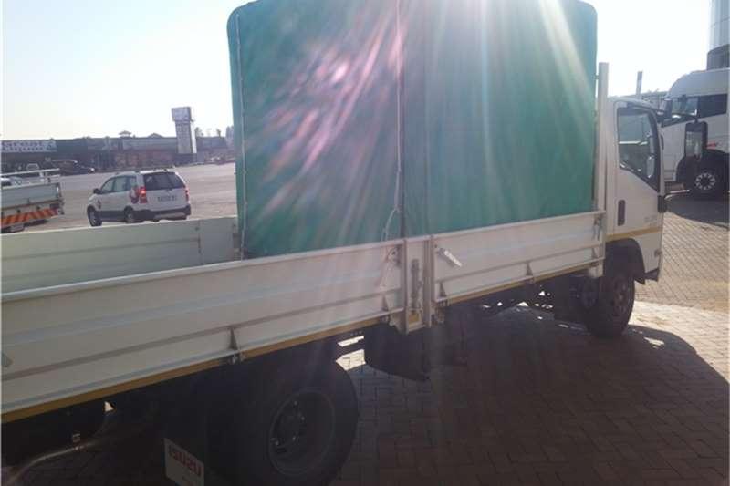 Isuzu Dropside NPR 400 Man Dropside/Canopy Truck