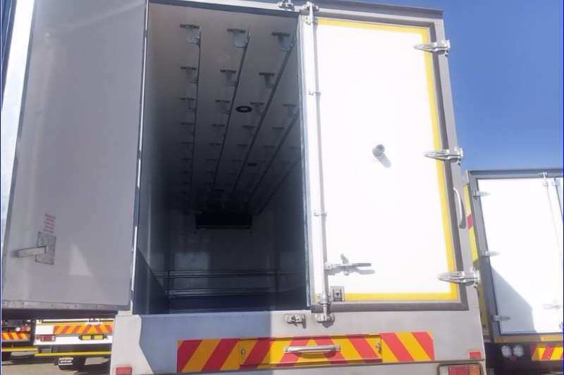 Isuzu Fridge truck FVZ 1400 Manual Meat Hanger Demo Truck