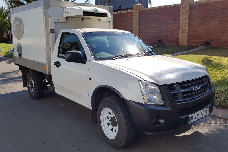 Isuzu Fridge truck KB250D Truck