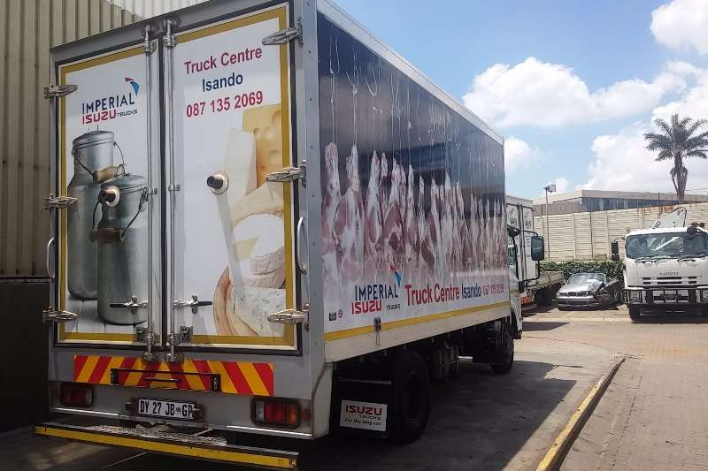 Isuzu Fridge truck NPR 400 Manual Meat Hanger Unit Truck