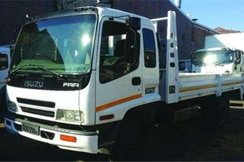Truck Isuzu FRR500 6 Ton- 2008
