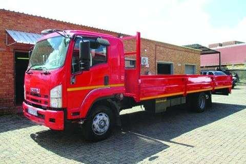Isuzu FTR 800- Truck