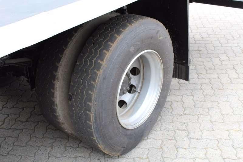 Isuzu FTR800 Flat Deck Truck