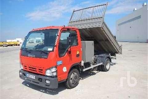 Isuzu P35  Truck