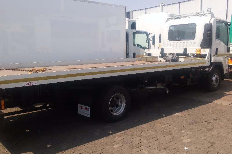 Isuzu Roll back FRR 600 AMT Rollback - 1127 Truck