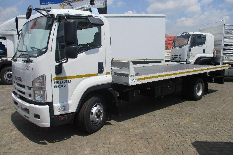 Isuzu Roll back FRR 600 AMT Rollback Demo Unit 804 Truck