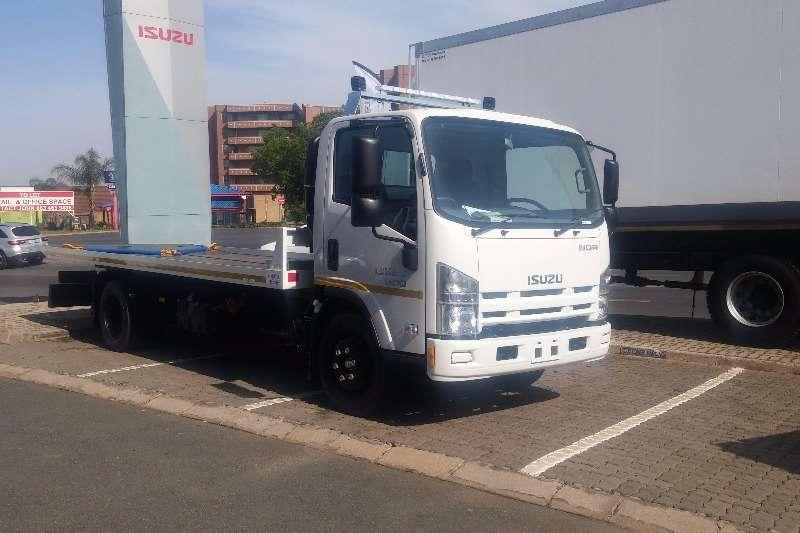 Isuzu Roll back NQR 500 AMT Rollback Unit Truck