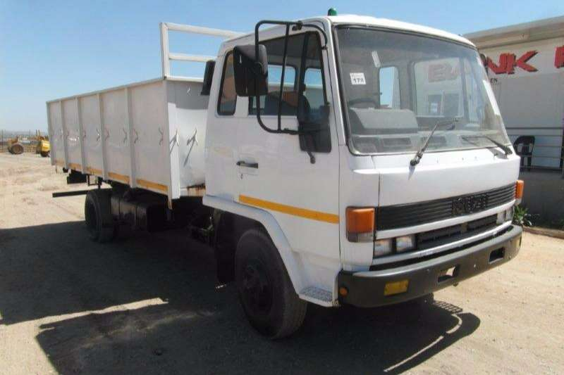 Truck Isuzu Tipper F 5000D-FN Highside / Tipper 1994