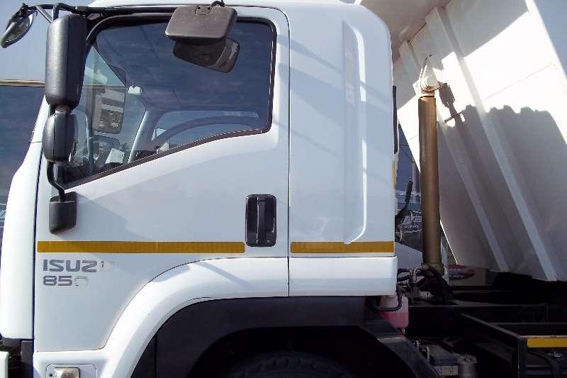 Isuzu Tipper FTR 850 Truck