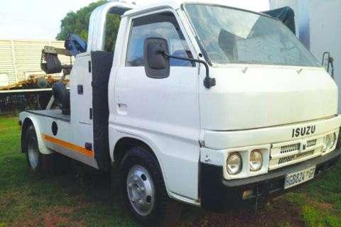Isuzu TLD 3 Ton Sling Back Breakdown- Truck