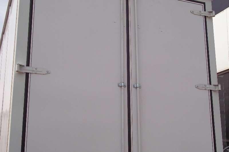 Isuzu Van body FTR 850 Truck