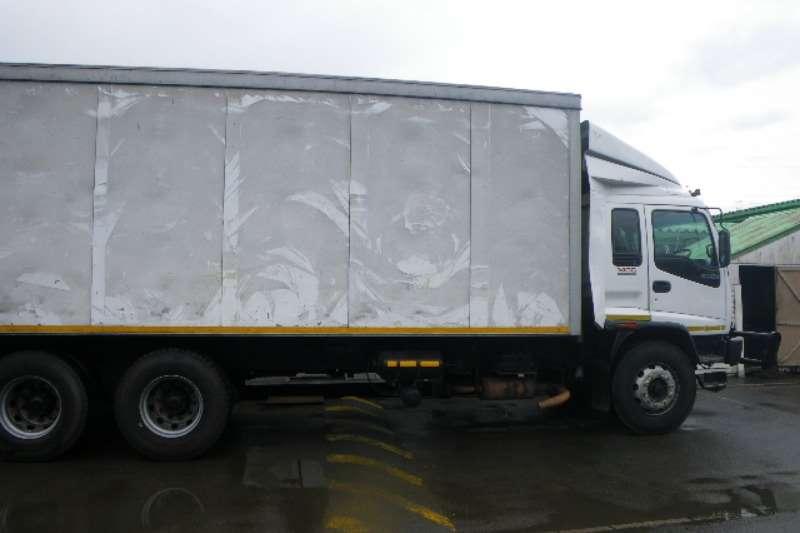 Isuzu Van body FVZ1400 Truck