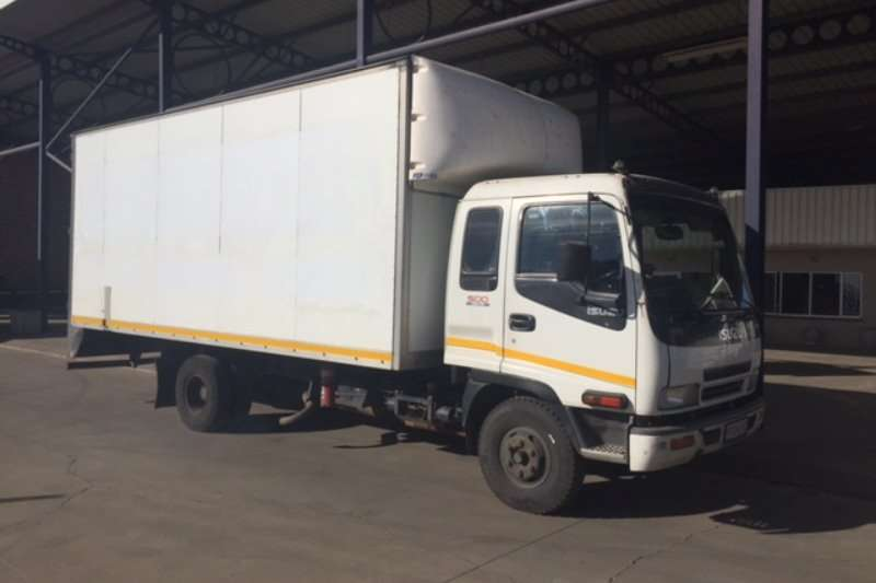 Isuzu Volume body FRR500 Van Body Truck