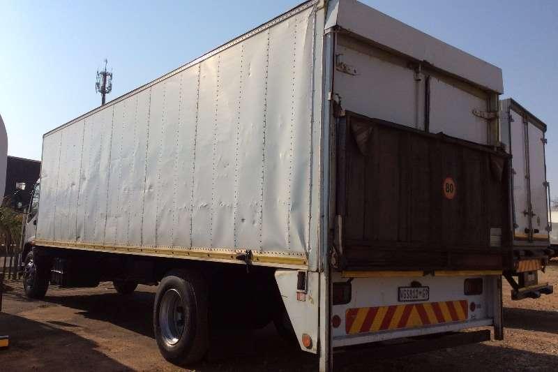 Isuzu Volume body FTR800 Volume Body with Tail Lift Truck