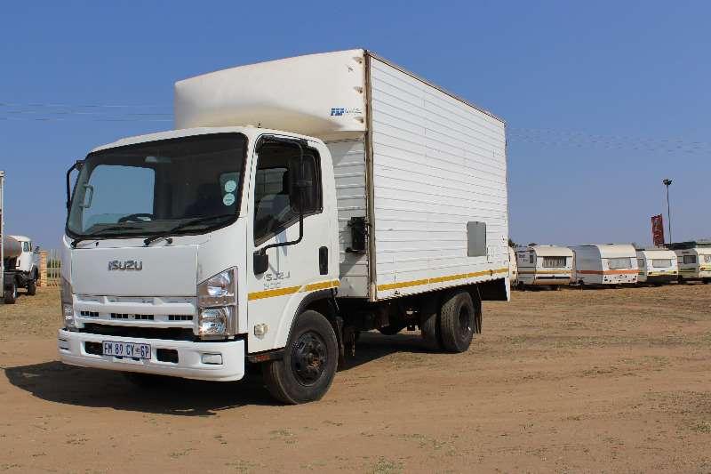 Isuzu Volume body Isuzu NQR 500 5 Ton Volume Body Truck