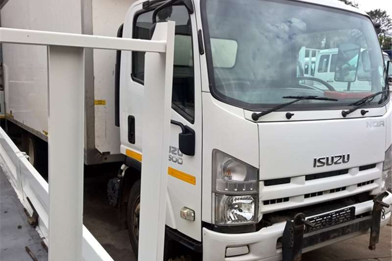 Isuzu Volume body NQR500 Truck