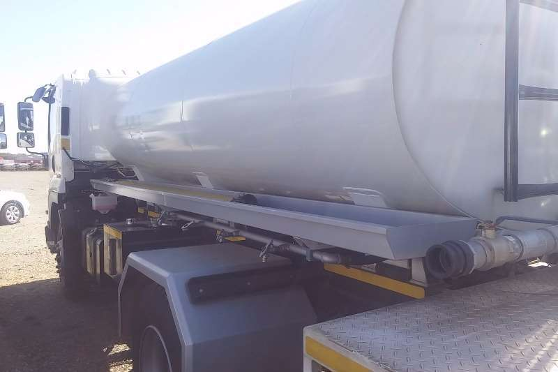 Isuzu Water tanker FTR 850 Manual7000L Water Tanker Truck