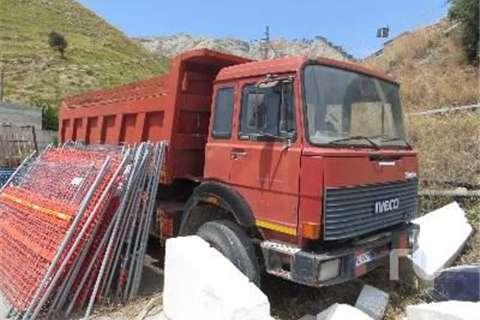 Iveco 330 35  Truck