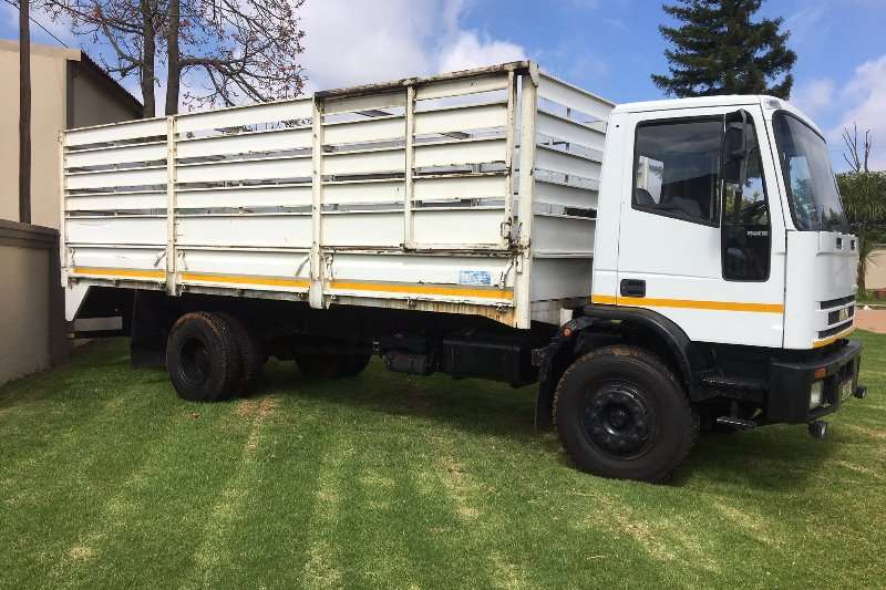 Truck Iveco Flat Deck IVECO 15-18-CATTLERAIL 1995