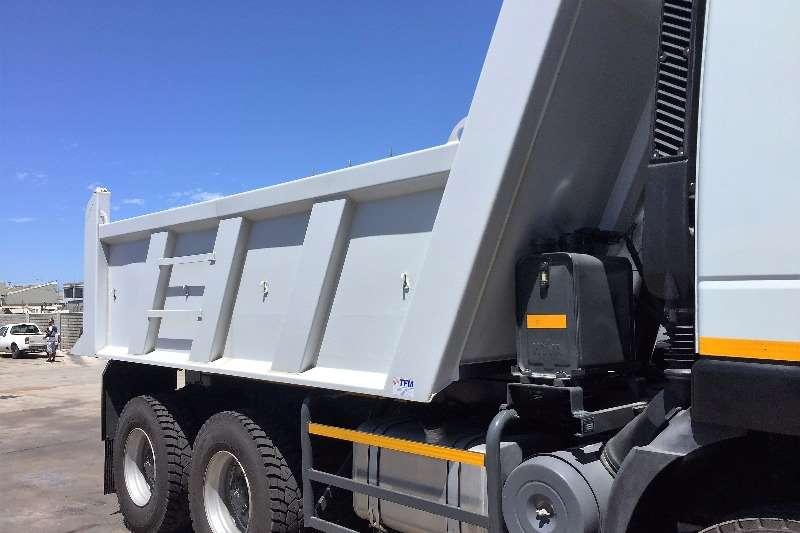 Iveco Tipper 682 Truck