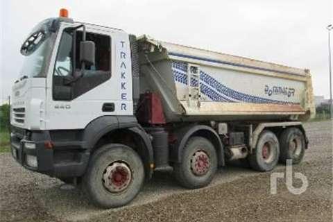 Truck Iveco TRAKKER 440  2006