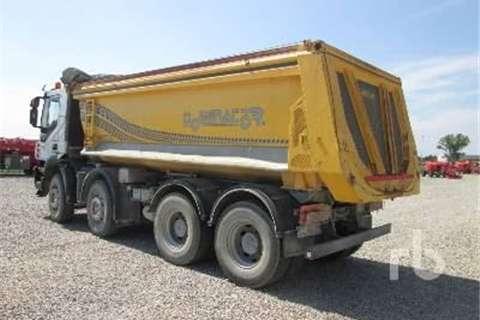Iveco TRAKKER 450  Truck