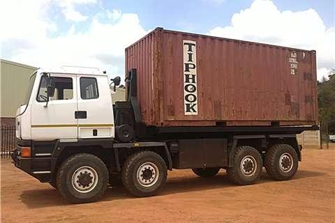 Leyland-DAF Hook Lift Truck