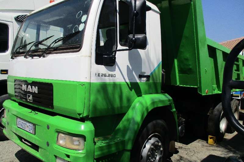 Truck MAN 26-280 Tipper 10m 2006