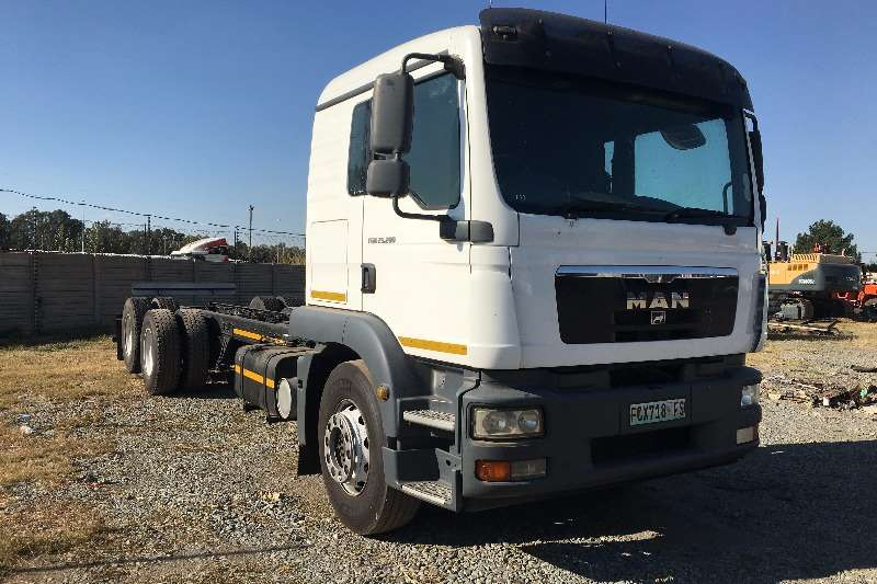 MAN Chassis cab 2012 MAN 25.280 Truck