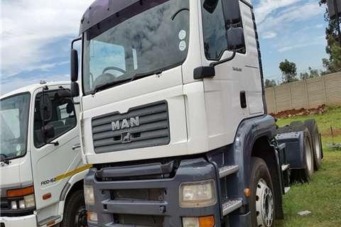 MAN Chassis cab TGA 26-400 SEMI A/T  Truck