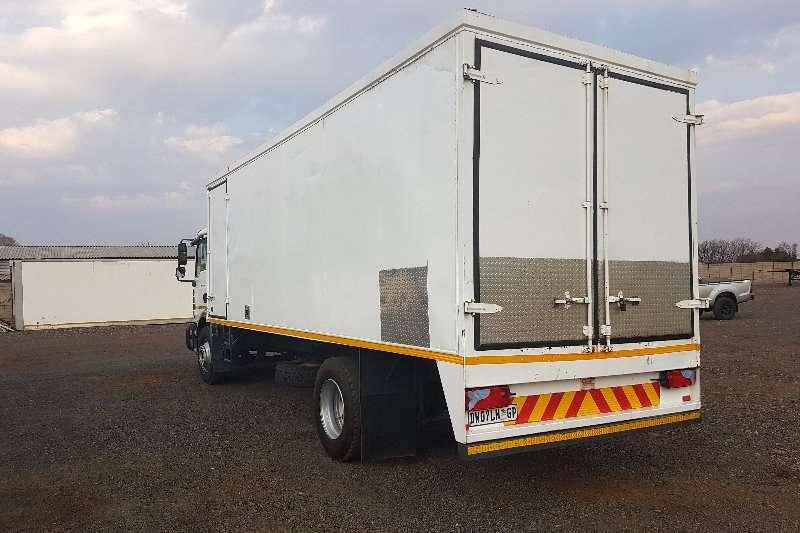 MAN Closed body TGM 15.240 Truck
