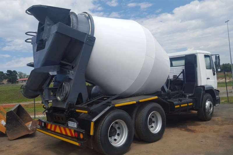 MAN Concrete mixer 26280 Truck
