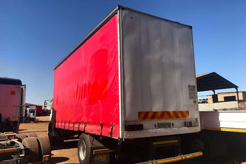 MAN Curtain side CLA15-220 TAUTLINER Truck