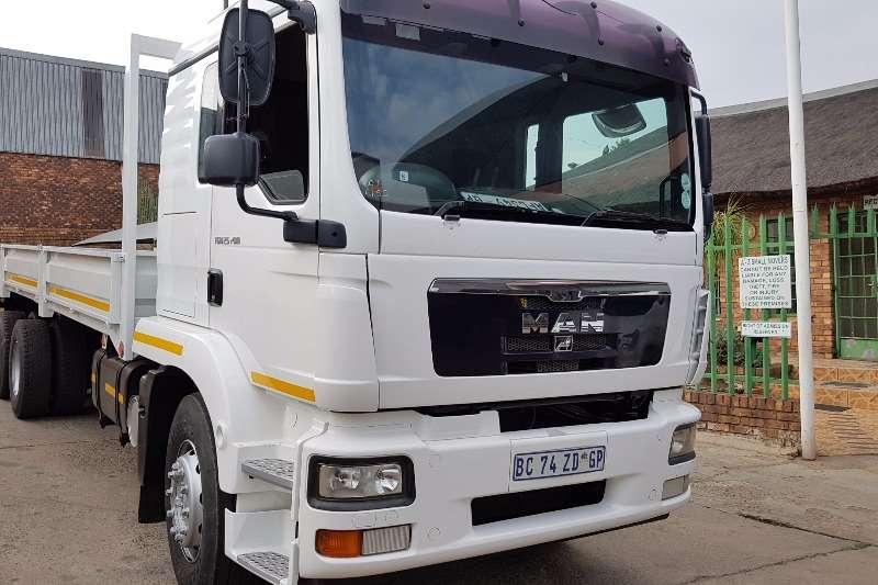 MAN Dropside 25-280 Truck