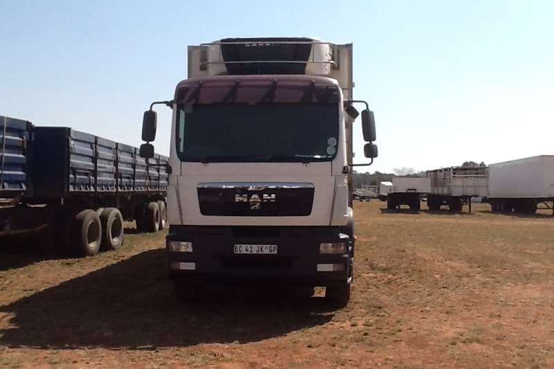 MAN Fridge truck 25-280 6x2 16ton Truck