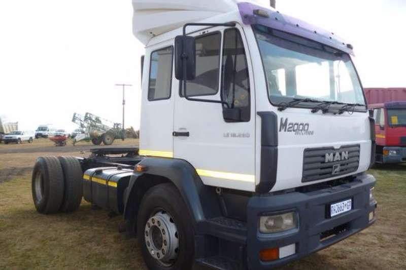 Truck MAN M2000 18-280 Horse 2004