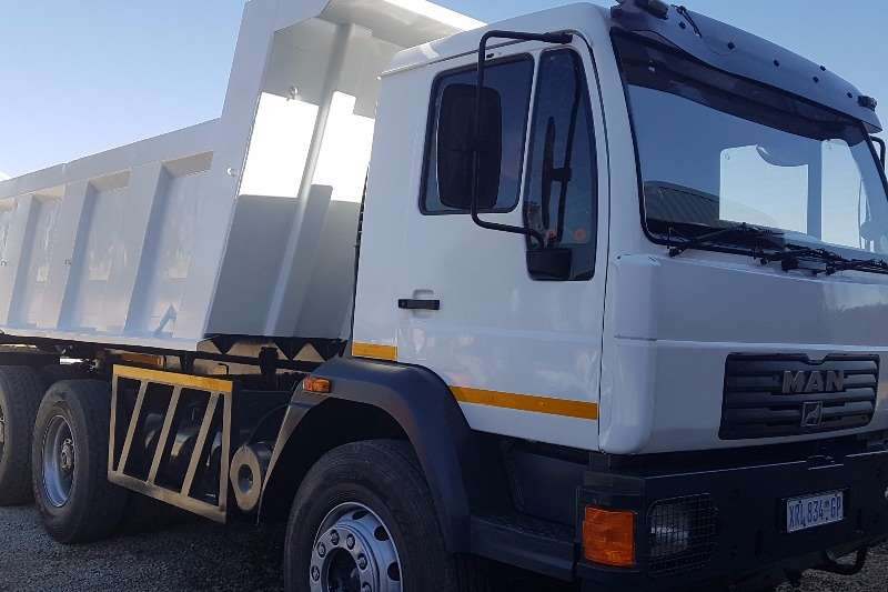 Truck MAN Tipper MAN 26-280 CLA 10 CUBE TIPPER 2012