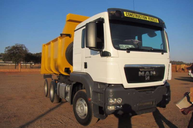 Truck MAN Tipper Man 33.440 12cube Tipper 521670km 2011 2011