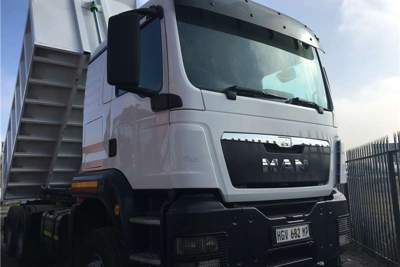 Truck MAN Tipper MAN 40-480 12 cube tipper  2014