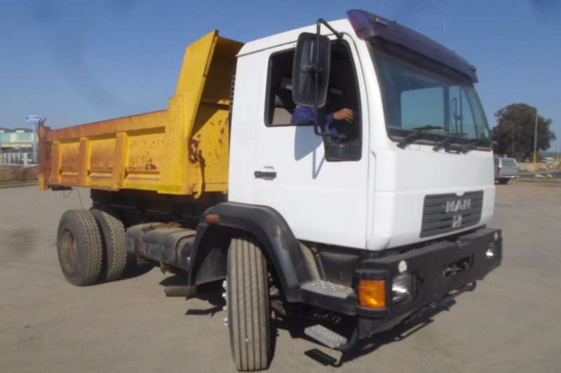 Truck MAN Tipper MAN M2000 18.224K Tipper 2007