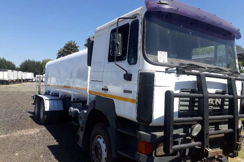MAN Water tanker MAN 654 33.464 18000LT Water Tanker Truck