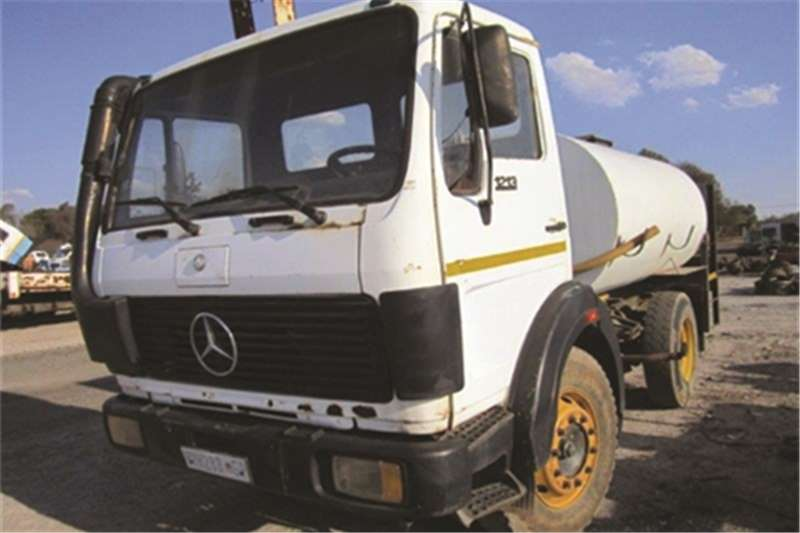 Mercedes Benz 1213 Truck