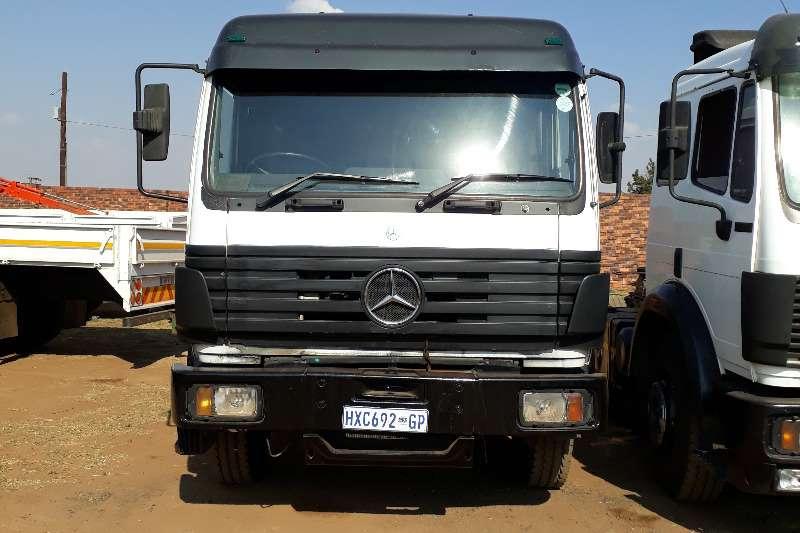 Mercedes Benz 1729 Mercedes Benz Powerliner Single Diff Truck